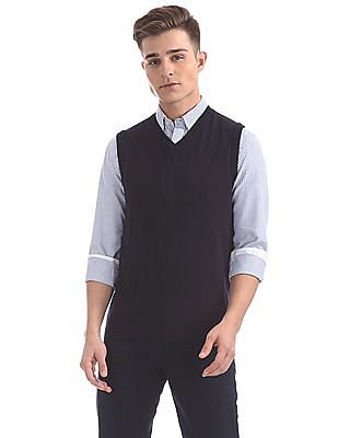 Arrow Solid V-Neck Sweater Vest