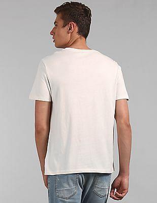 GAP Men White Short Sleeve Logo T-Shirt