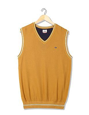 Arrow Sports Solid V-Neck Sweater