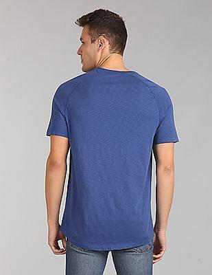 GAP Short Sleeve Raglan Crew Neck T-Shirt